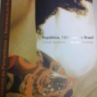 República, 120 anos no Brasil- Direitos e políticas.jpg